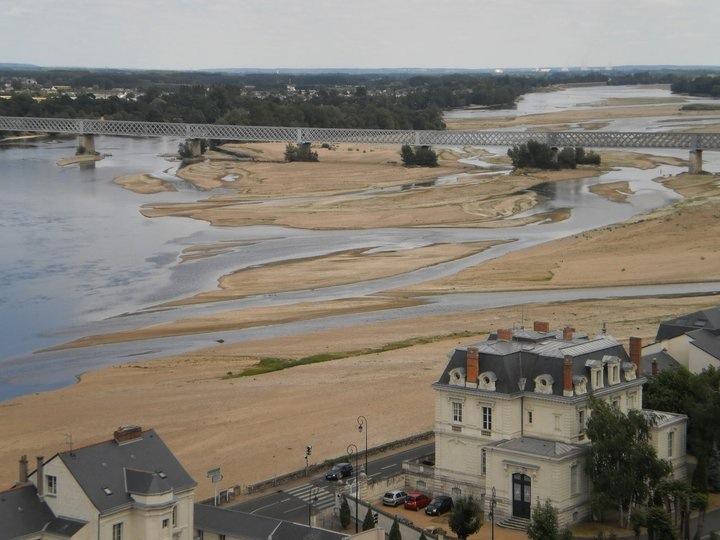 Vue sur la Loire, Chateau Amboisee