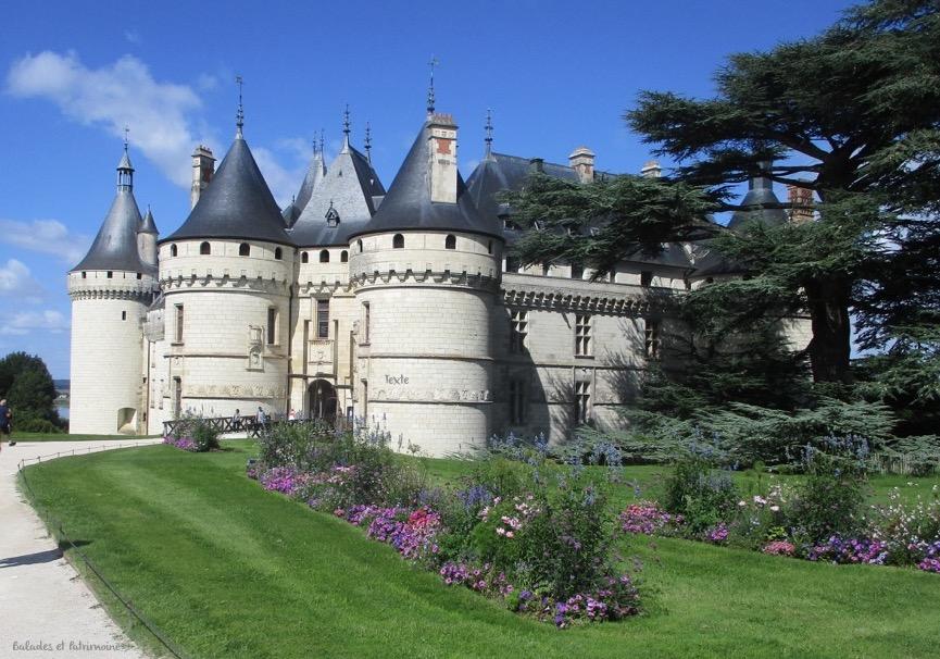 Tours rondes chateau