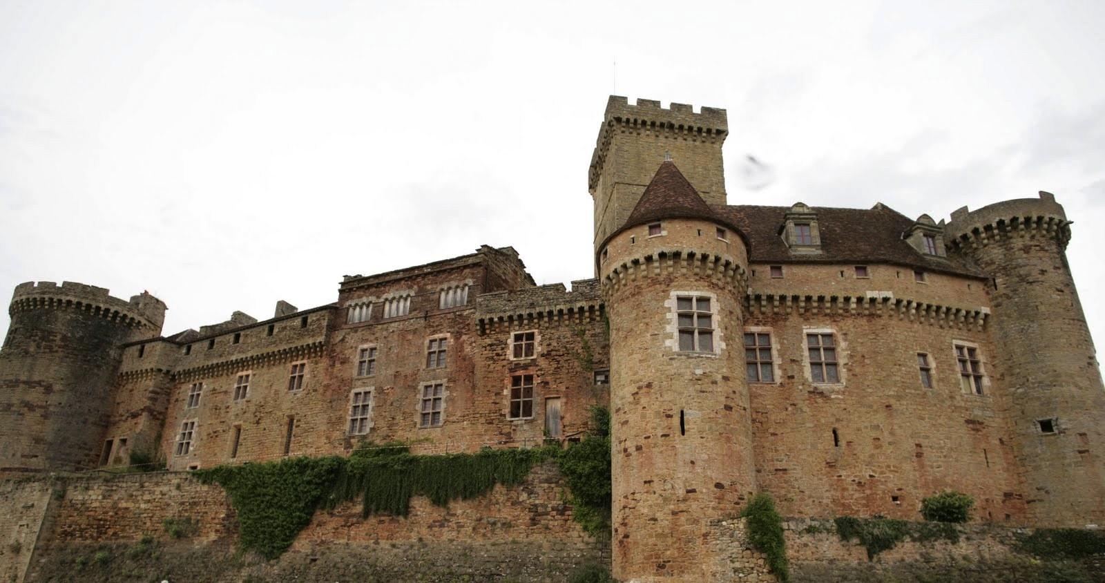 chateau castelnau bretonou, quercy