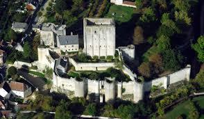 château de Loches|forteresse royale