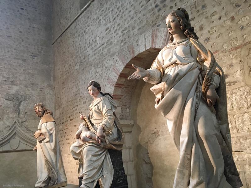 statues collegiale Saint martin angers