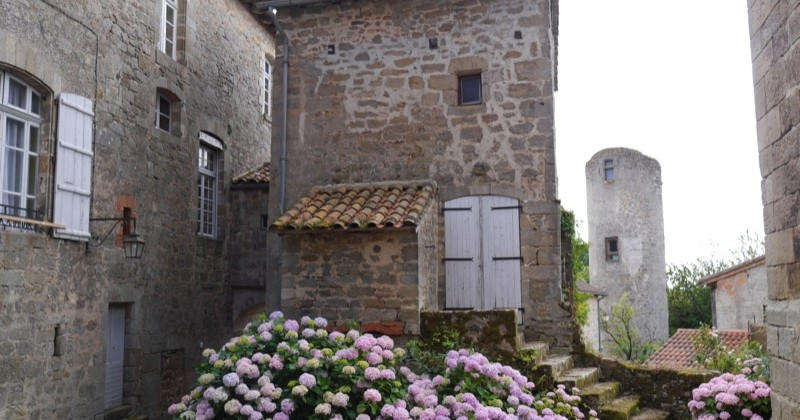village remarquable Quercy