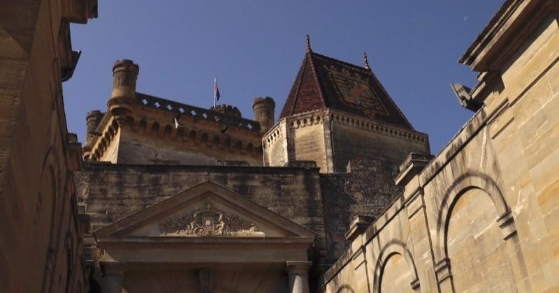 toiture chateau uzes