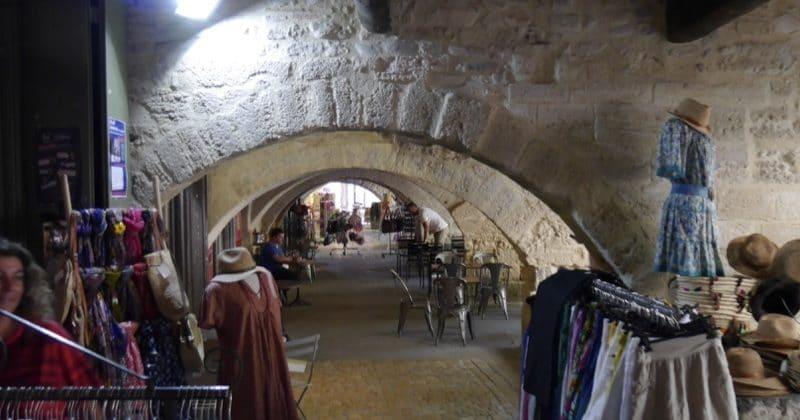 arcades uzès