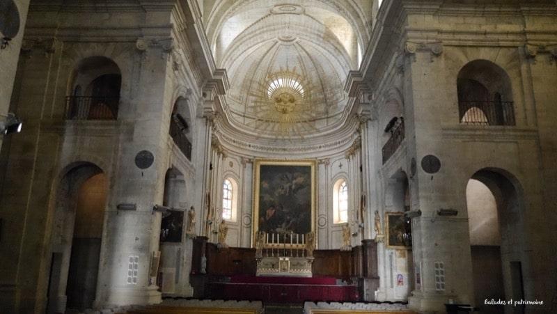 Eglise st Etienne-Uzes