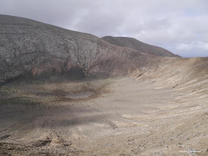 cratère-volcan-lanzarote