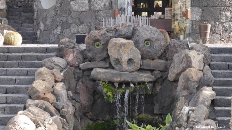 sculpture Cesar Manrique