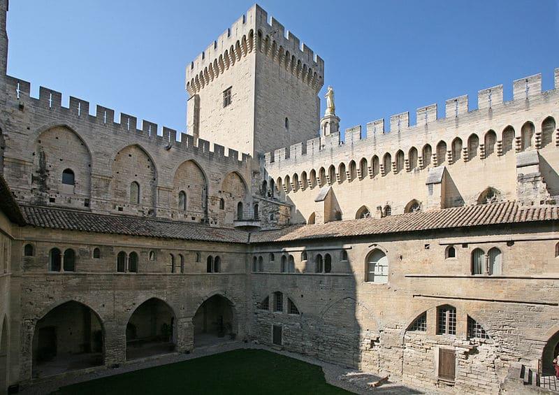 Avignon palais